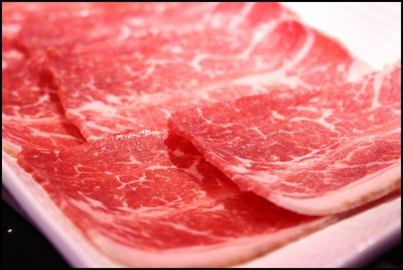 所謂的「自然牛」就是沒有瘦肉精等添加物,讓人格外安心