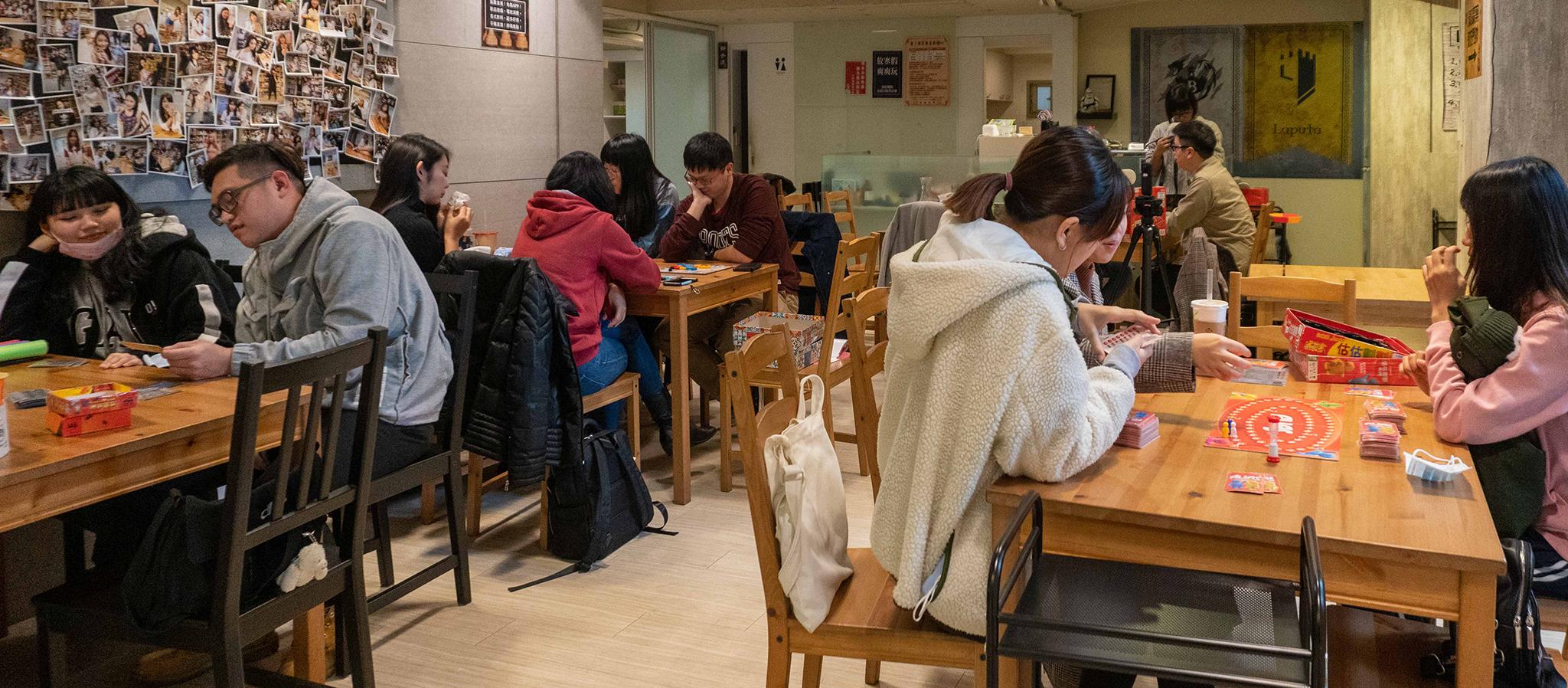台北・雨天室內約會|來場「桌遊」鬥智、鬥心機,三五好友情侶聚會都適合!