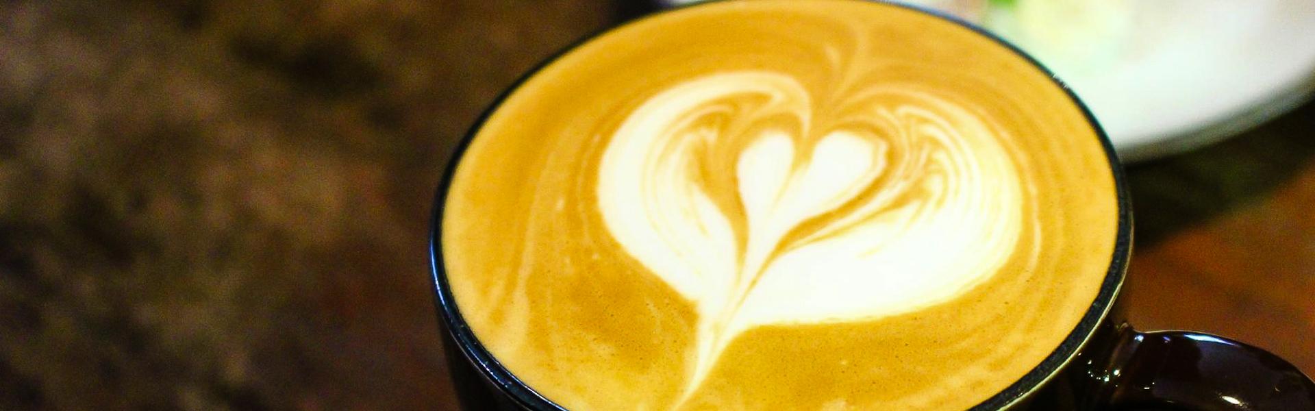 Peekaboo Coffee彼咖鋪~適合帶筆電窩一下午的寧靜咖啡店,還有美味甜點