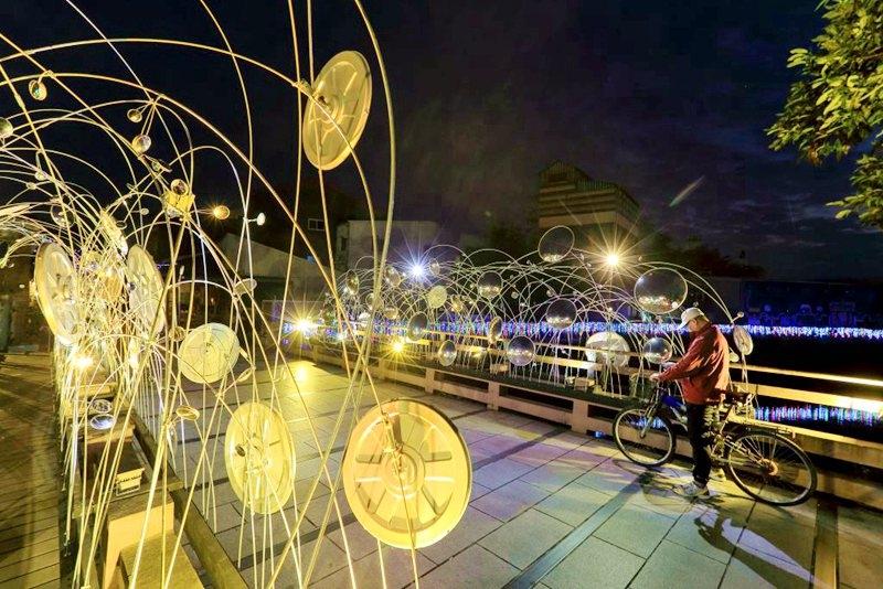 「2018月津港燈節」點亮水岸,南臺灣最浪漫的夜景節慶