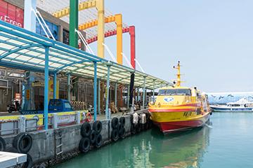 【2021 小琉球交通攻略】小琉球怎麼去?搭船、租車、沒駕照也能騎車方法一次搞定!
